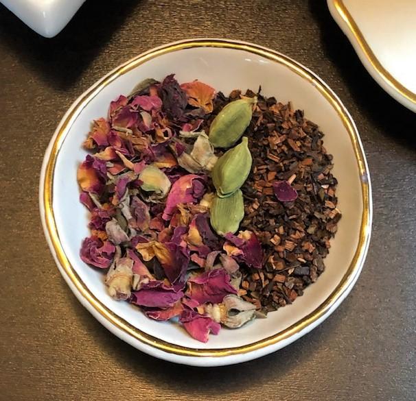 Rose Cardamom Latte dry ingredients