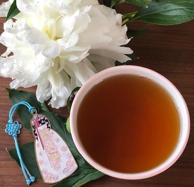 Cup of Korean Balhyocha tea